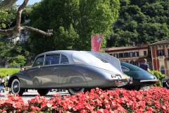 Class C : The Art of Streamlining. Tatra 87 (1939)