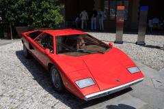 Class G : La Dolce Vita. Lamborghini LP 400 Countach by Bertone (1975))
