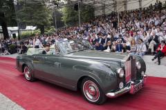 Class G - 76- GT man has arrived - Interpretations of opulence. Rolls-Royce Silver Cloud II by H J Mulliner (1961)