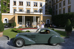 Class B - 18 - Pre-1945 Supercars - The Fast and the Flamboyant. Lancia Astura Serie II by Castagna (1933)