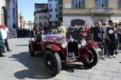 68  - ALFA ROMEO 6C 1500 GS  (1933)   Scalise (AR) – Claramunt (AR) at the start. Winners 1000Miglia2012