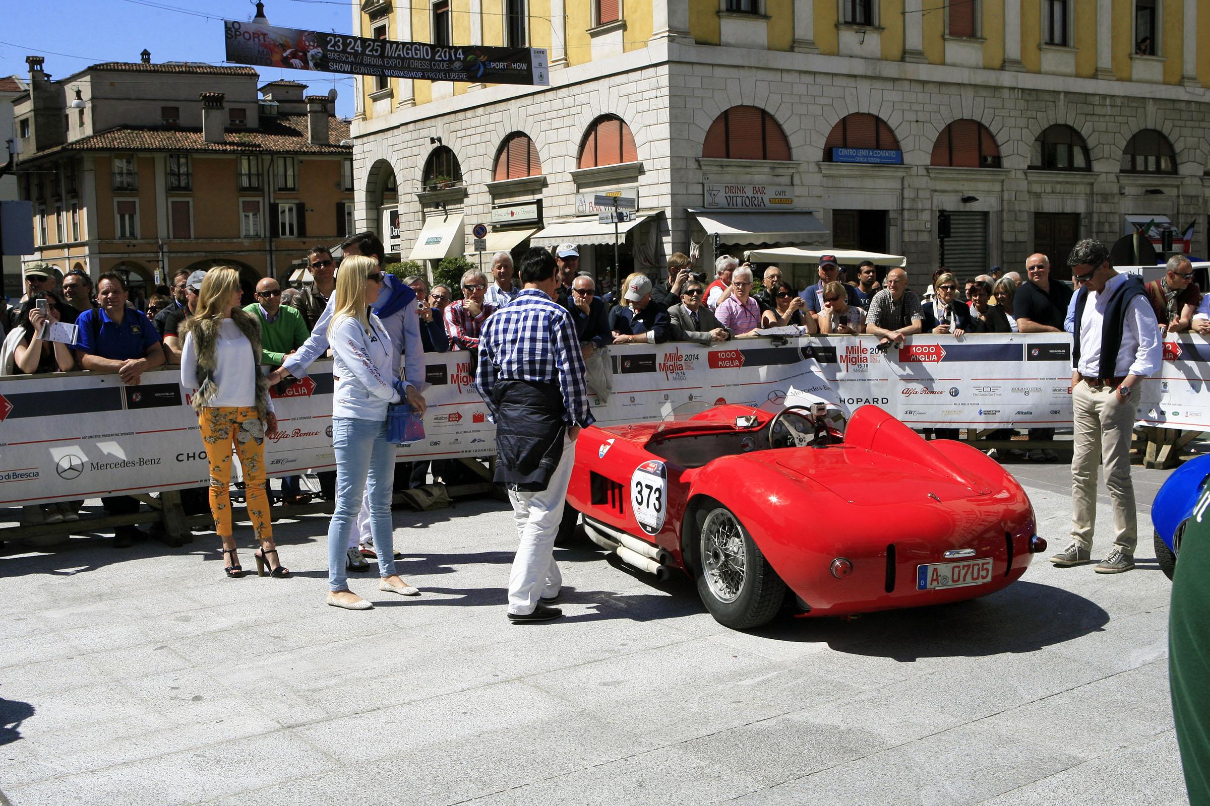 373 - ROSCHMANN Dieter (D) + RUGGERI Vito (D) - Maserati 300 S spider Fantuzzi 19550