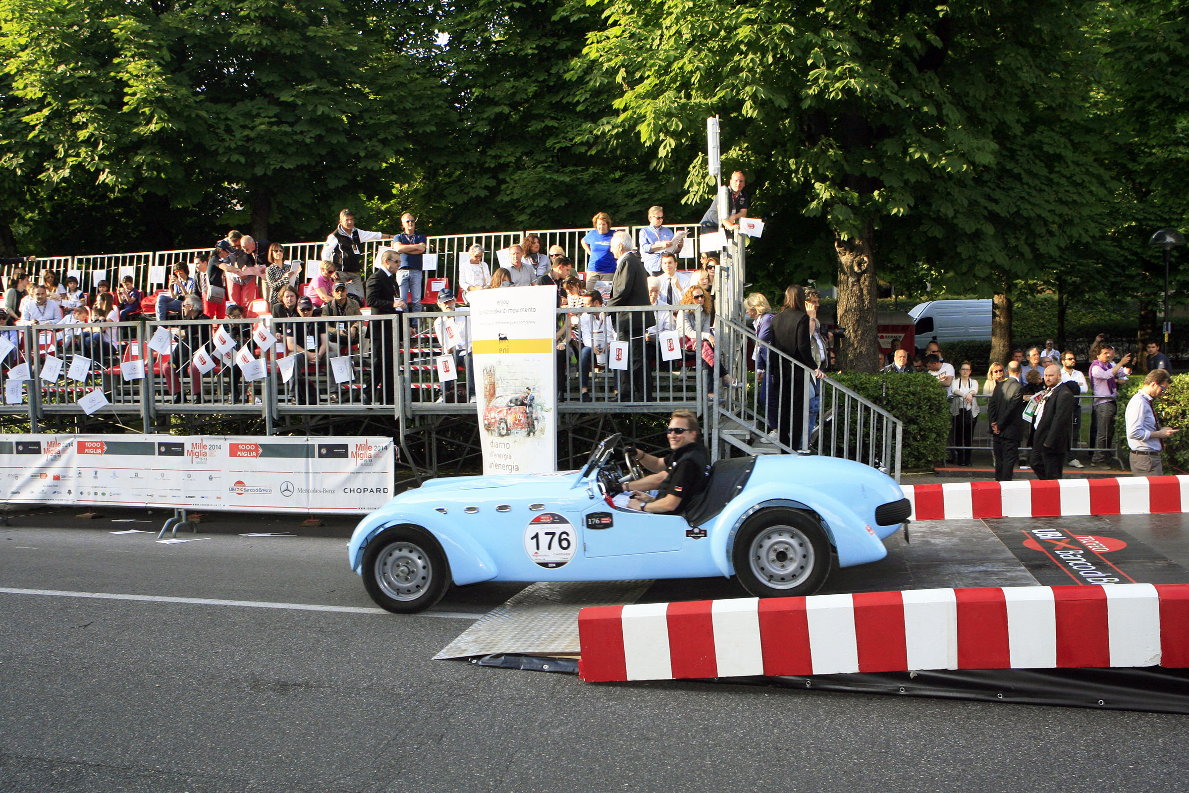 176 - HEUMANN Christian (D) + DREVE Volker (D) - Healey 2400 Silverstone (1949)