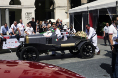 9 - Douglas Martin (GB) + Brian Thorley (GB) - FIAT 501 S (1922)