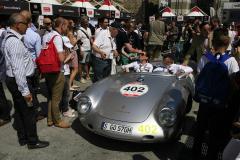 402 - Karl-Fiederich Scheufele (CH) +  Christine Scheufele (CH) - PORSCHE 550 Spyder A - 1500 RS (1956)